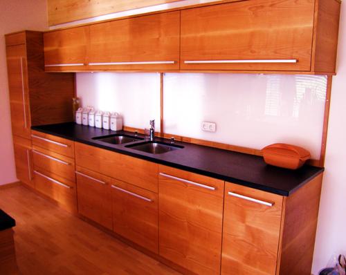 max holzwerk ohg die schreinerei in regensburg fertigt k chen aus holz. Black Bedroom Furniture Sets. Home Design Ideas
